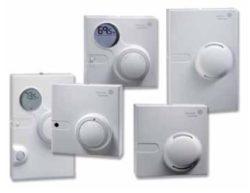 Sieciowy czujnik temperatury, wilgotności i CO² NS Room JOHNSON CONTROLS