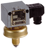 Presostat podciśnieniowy do cieczy i gazów VCM VNM FEMA
